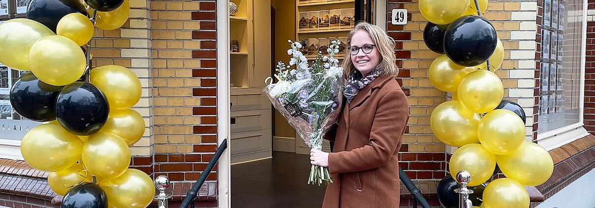 Laura werkjubileum Maaike van Doonn Makelaardij Lunteren